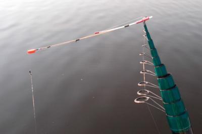 Ловим мормышкой на боковой кивок для летней рыбалки