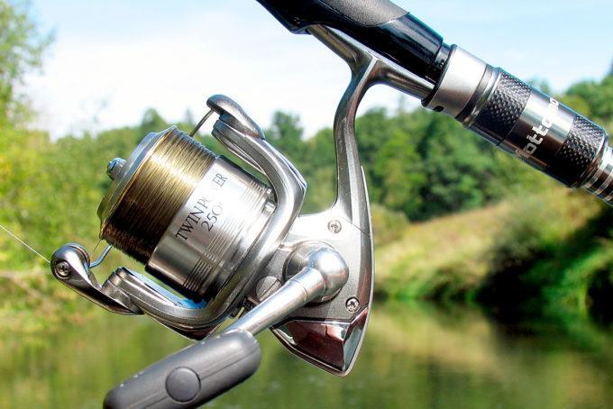 Спиннинг для троллинга на реке и на озере: как выбрать