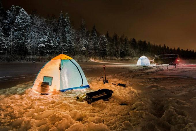 Как согреться в палатке ночью. Как организовать обогрев палатки: пошаговая инструкция. Палатки с печкой. Туристический обогреватель для палатки
