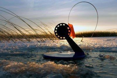 Как правильно осуществить оснастку жерлицы для зимней рыбалки?