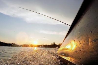 Эффективное покорение водных просторов: троллинг на реке