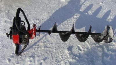 Устройство и обзор лучших ледобуров для зимней рыбалки. Как сделать самим?