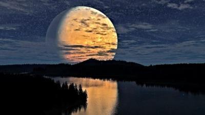 Особенности влияния Луны на клев рыбы. При какой фазе клюет лучше?